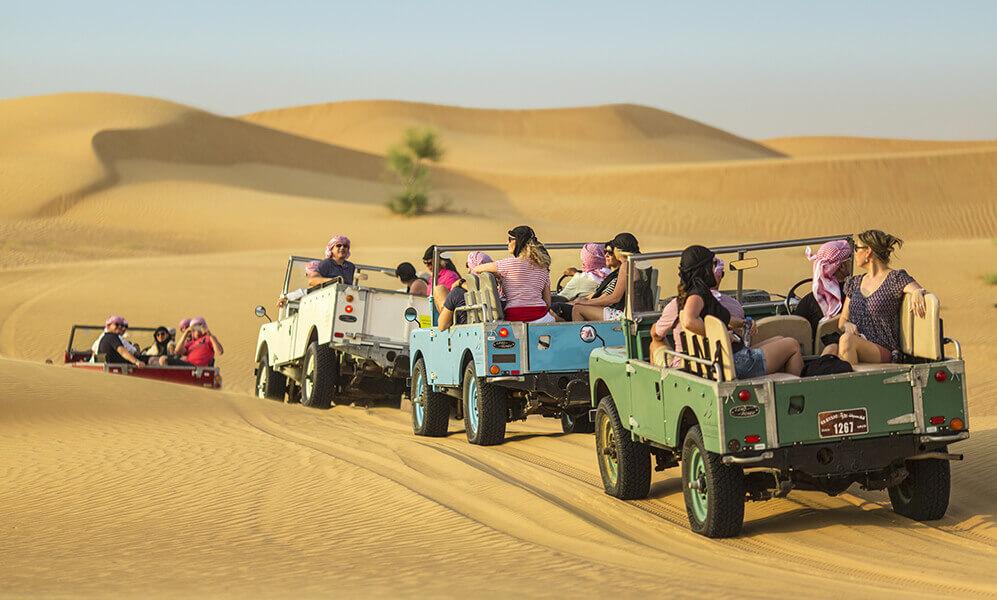 Desert Safari Dubai Land Rover Platinum Heritage