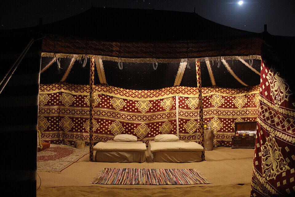 Overnight Desert Safari & Bedouin Breakfast