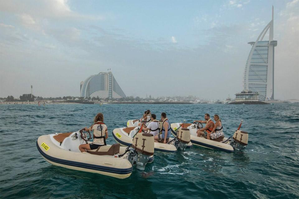 Boat tour burg al arab