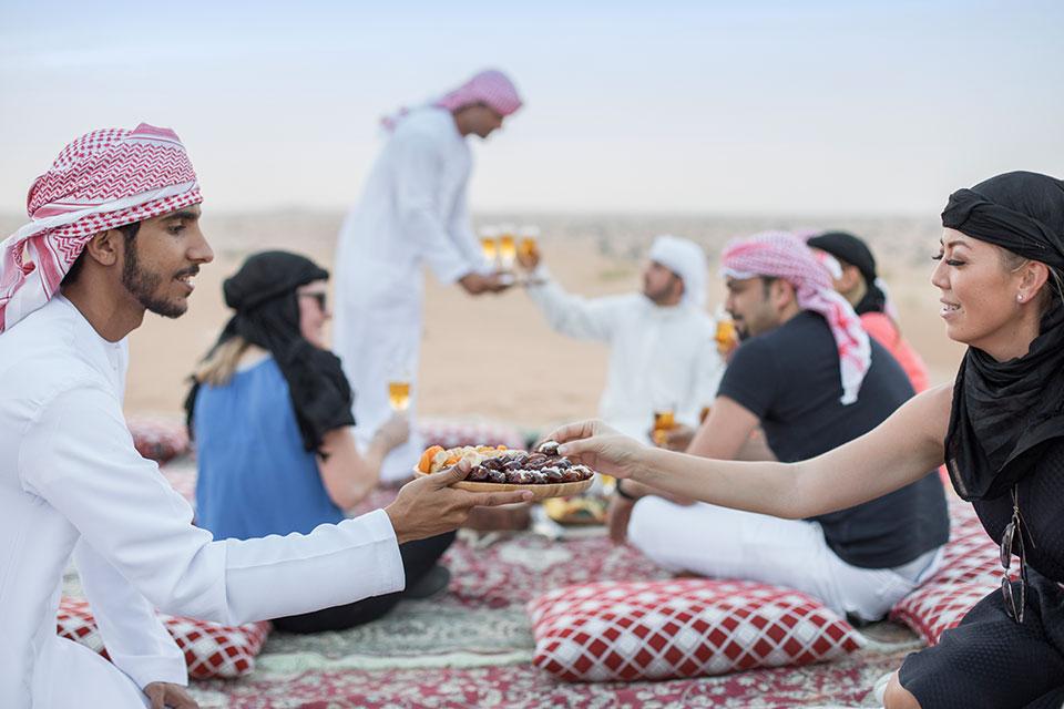 Traditional Dubai Suhoor Experience