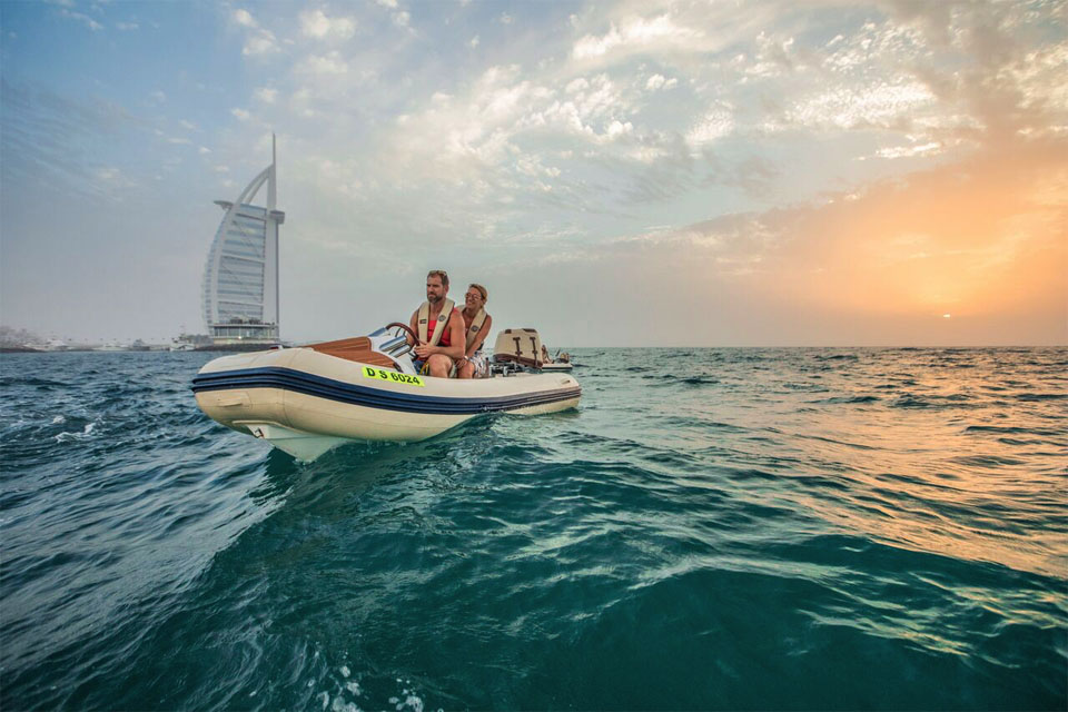 Sunset self-drive boat tour Dubai