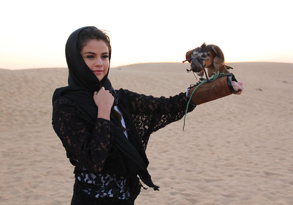 selena gomez with patinum heritage desert safari