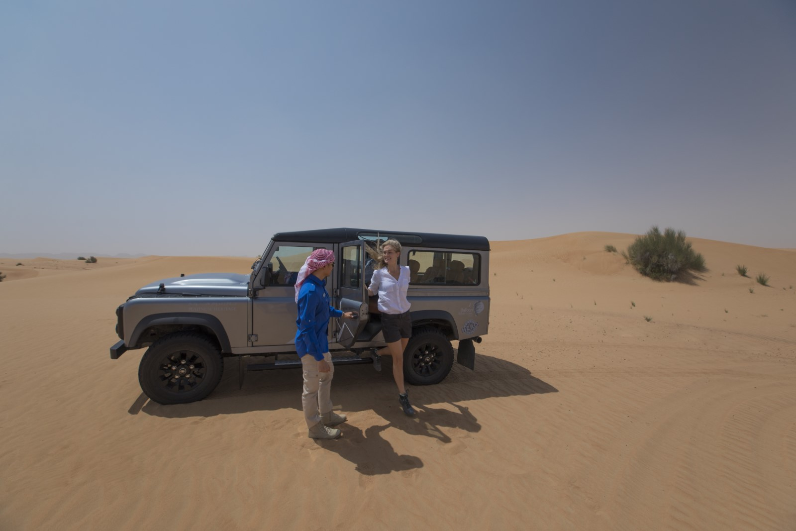 Dubai overnight mountain and desert safari