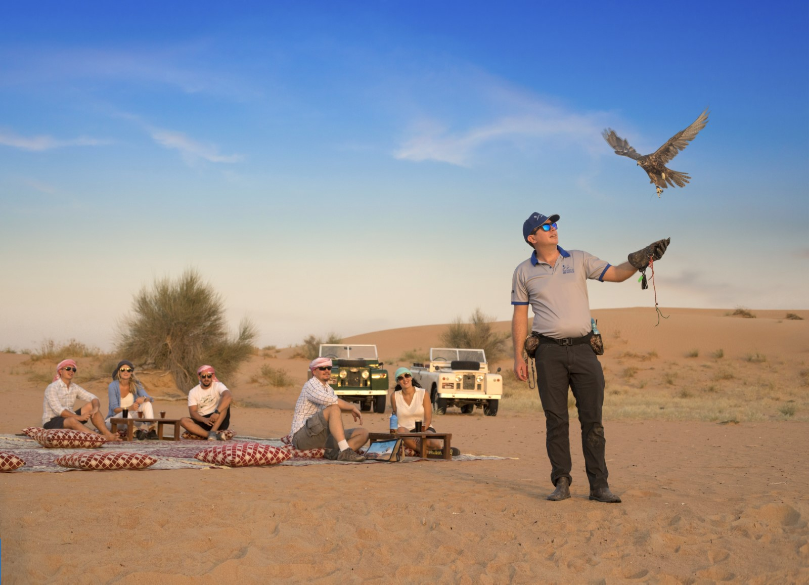 Bedouin Breakfast and Love Lakes desert safari